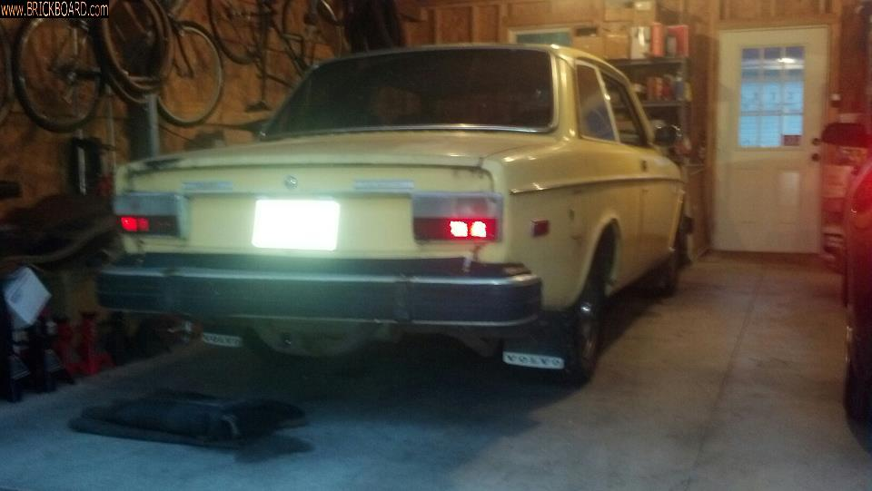 Volvo 140-160 -- '74 142 soon to be back in action!